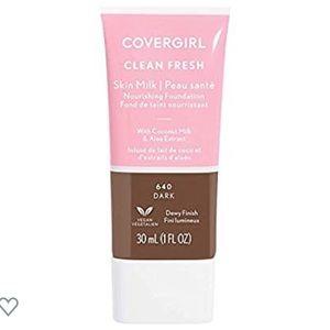 COVERGIRL, Clean Fresh Skin Milk Foundation, Dark
